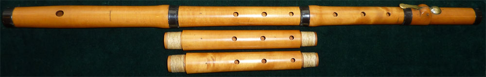 Early Musical Instruments, antique boxwood Flute by Dresden